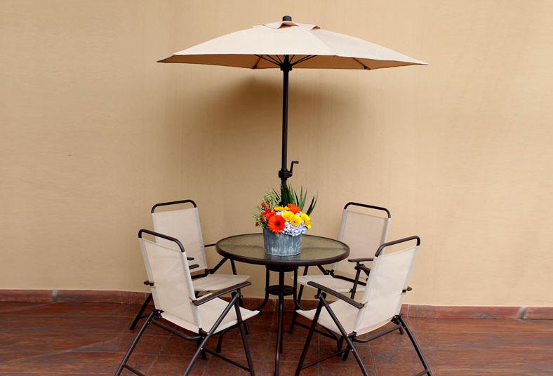 Juego de 4 sillas mesa y sombrilla para terraza por tan - Sombrilla de terraza ...