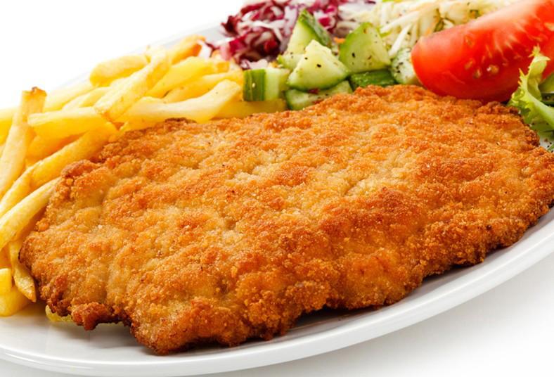 Restaurante, Cocina, Leña, platillo, filet, pescado, papitas, fritas, salsa,