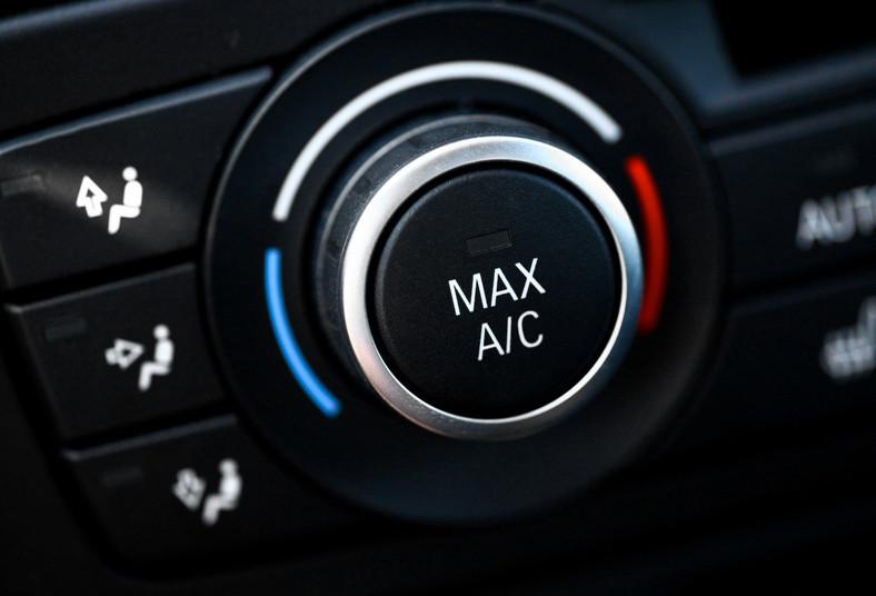 clima, car, carga, gas, refrigerante, r134, revisión, prueba, fugas, estándar,
