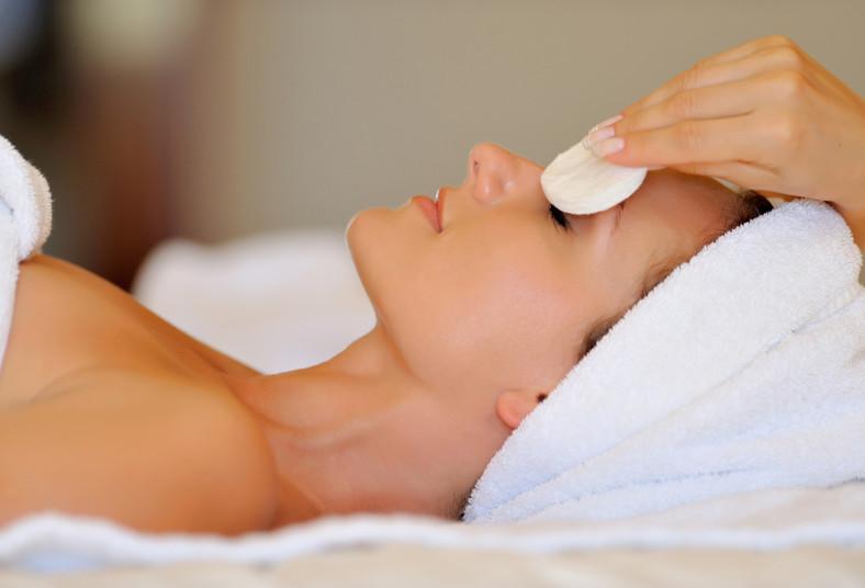 bambú, estética, pack, relax, tratamientos, limpieza, bloqueador, masaje, facial