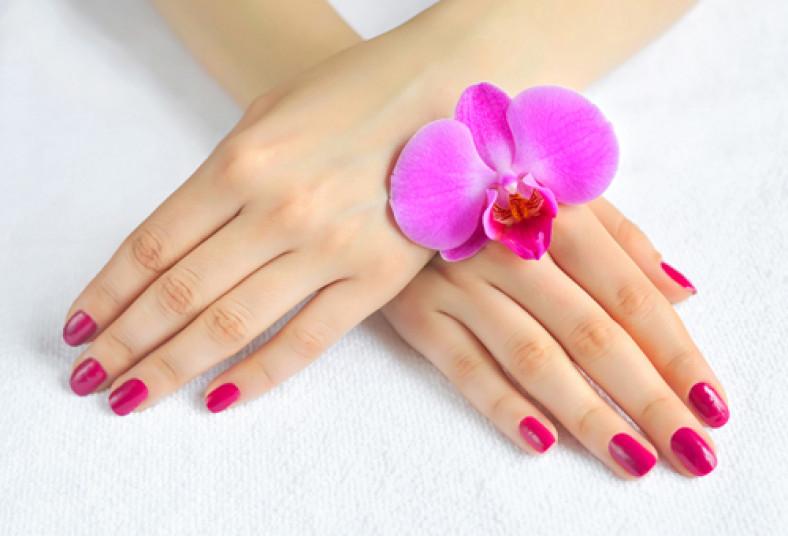 Uñas de lujo! Hacete un manicure y pintura de uñas de pies con ...