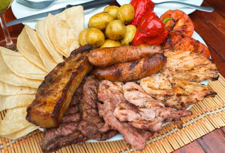 chirraca, steak, house, parrillada, grande, carnes, vegetales, refresco, pollo,