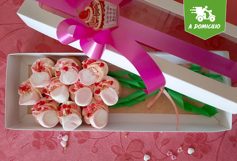 dolce, amaretto, tarjetita, ramo, mini, cupcakes, regalo, día, especial, velvet,