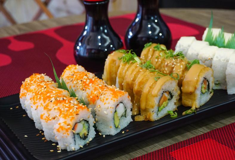sushi, maki, take, rollo, california, crunch, tempura, alaska, surime, almuerzo,
