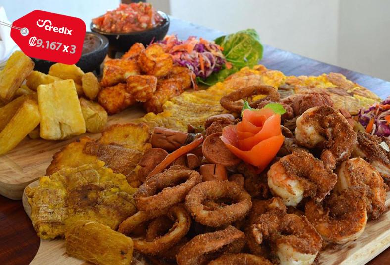 Fenix, Esquina, Segunda, tabla, fusión, carnes, pollo, camarón, salchicha, chile