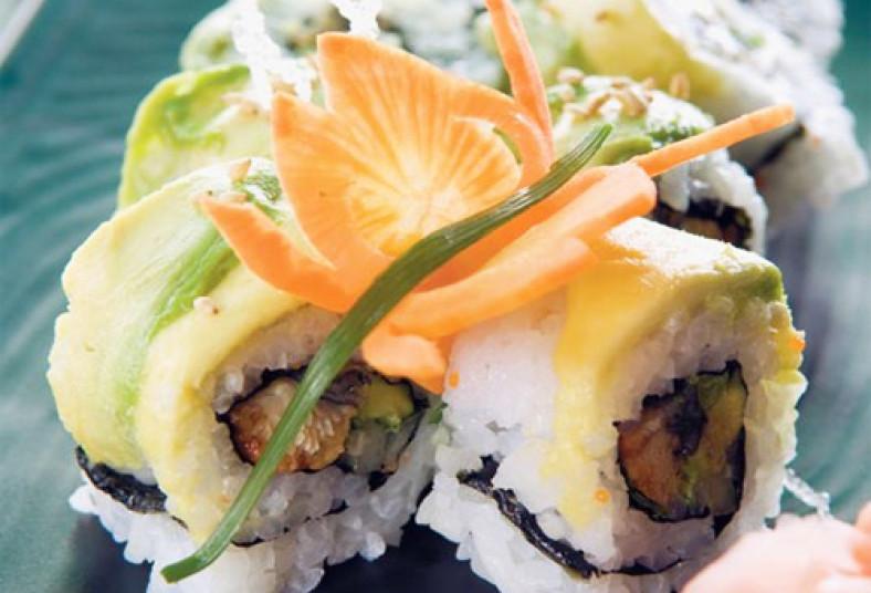 chen, chef, sushi, catering, servicio, alimentación, titicupon, roll, miso, sopa