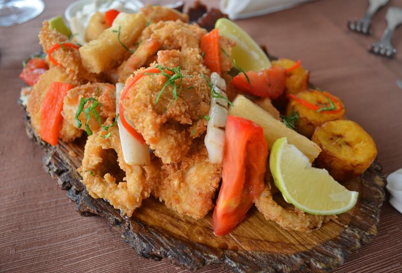 inka, grill, piqueo, criollo, compartir, calamar, pescado, vegetales, camarón,