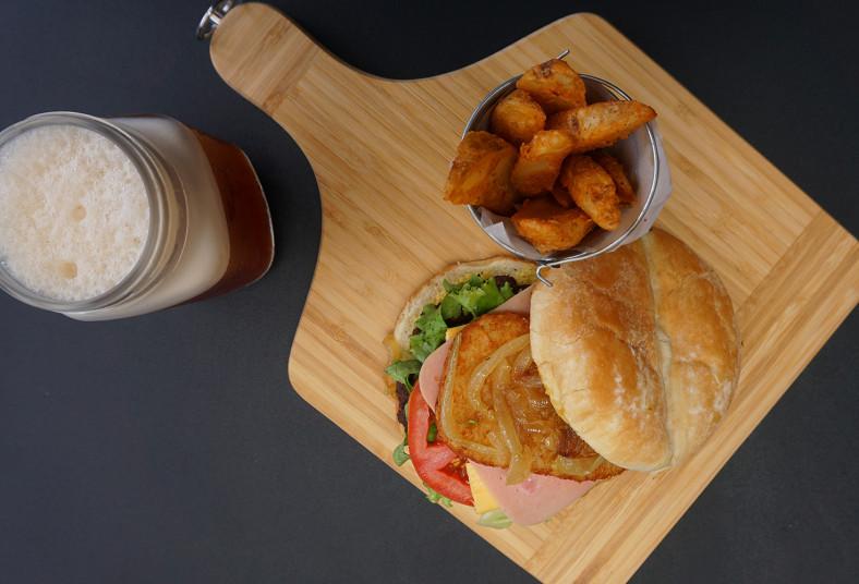 Restaurante, Koffi, Kreperie, hamburguesa, tex, mex, malcriada, popeye,