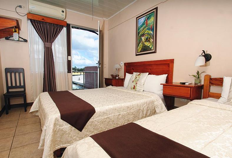 hotel, colinas, estándar, terraza, balcón, fortuna, volcán, arenal, mascotas,