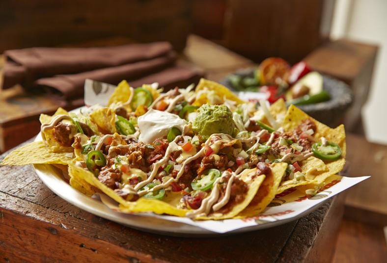 lo, sabroso, maíz, nachos, carne, mechada, queso, cheddar, pico, gallo, pareja