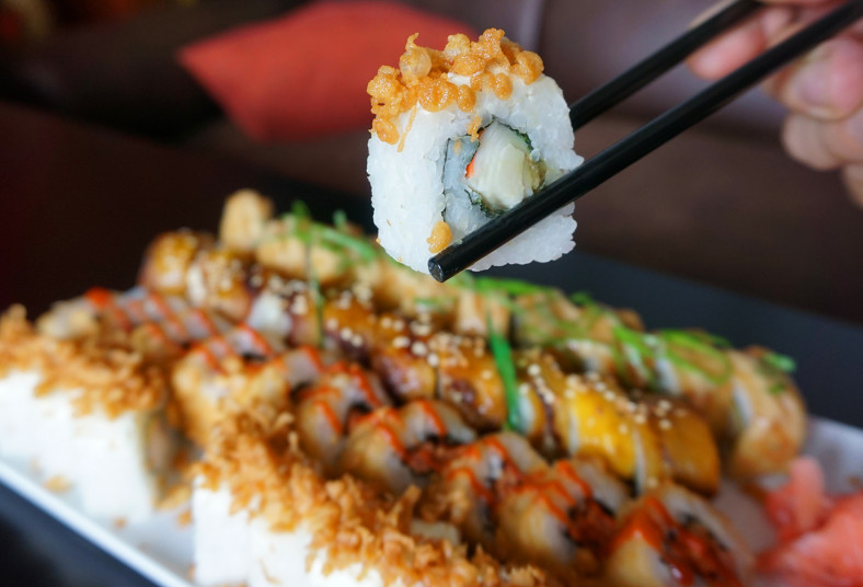sushi, maki, take, crunch, salmon, fly, tico, roll, tempura, frito, amigos, cena