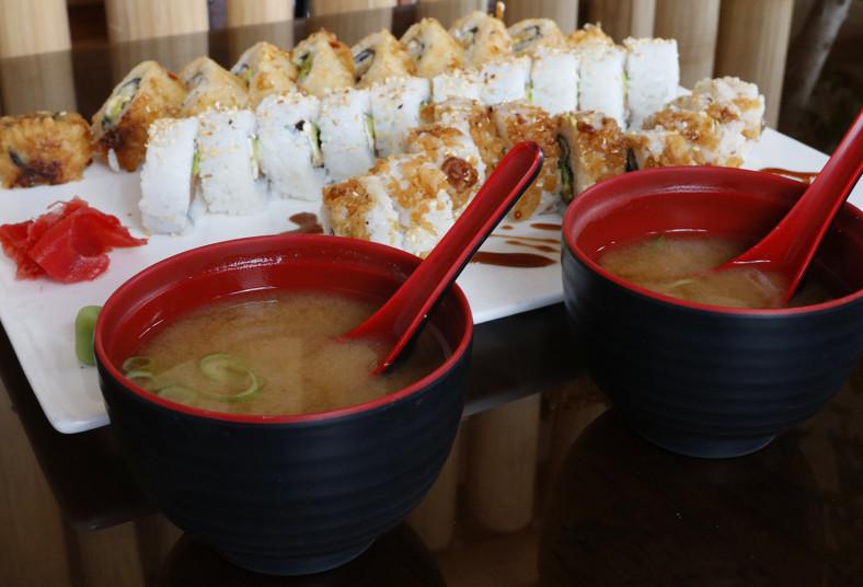 restaurante, makizu, sushi, sake, tempura, skill, roll, aguacate, salmón, sopa,