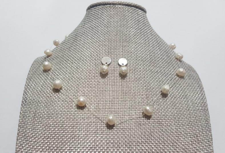 miel, bisutería, collar, flotante, perlas, río, detalles, plateados, aretes,