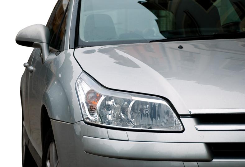 mr, clean, glass, pulido, vehículo, parabrisas, trasero, focos, delanteros, gota