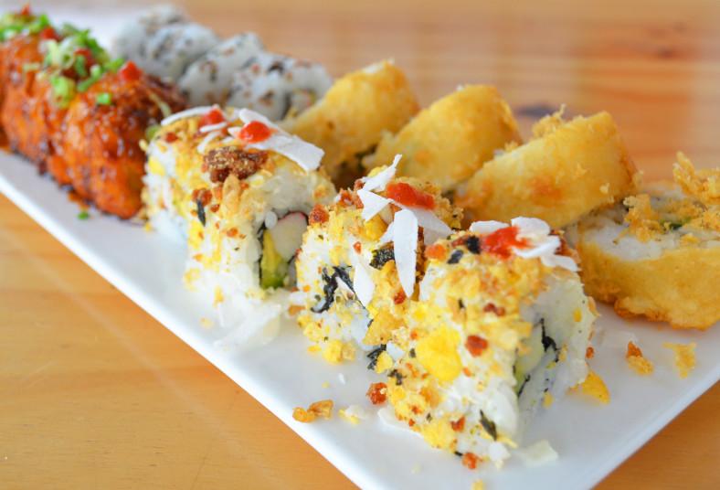 novoa, living, sushi, vietnamita, martin, tempura, california, aguacate, salsa,