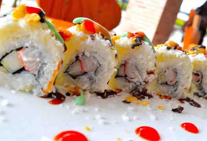 novoa, living, sushi, tico, roll, california, age, surime, plátano, maduro,
