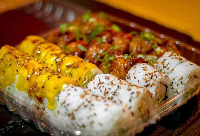 novoa, sushi, california, tico, vietnamita, roll, sushi, piezas, almuerzo, salsa