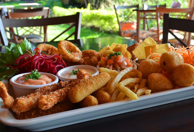 restaurante, palo, santo, surtida, compartir, aros, cebolla, pescado, pollo, res