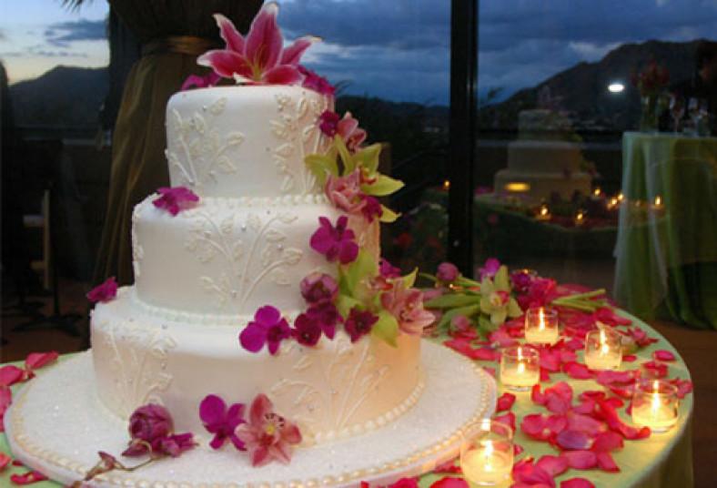 Queque especial para bodas 15 a os o aniversarios a un for Decoracion de pared para 50 anos