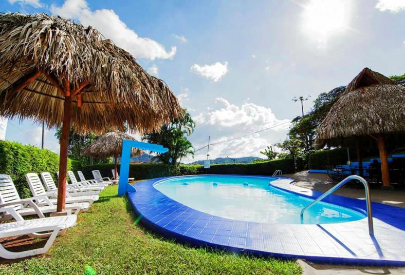 Hotel, Rancho, Mirador, habitación, vip, desayuno, típico, parqueo, naranjo,