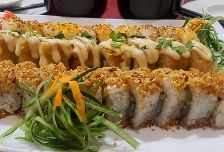 SAKANA, sushi, california, tempura, chuch, pepino, aguacate, kanikama, tibás