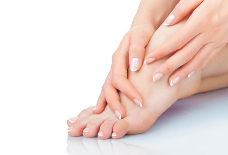 Como sanar el hongo de las uñas en los pies tratar al vapor en la sal