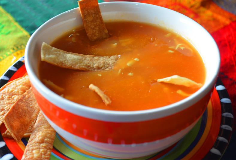 Antojado De Sopa Azteca Disfruta De 2 Sopas Aztecas Y 2 Te Frios A