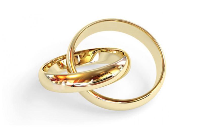 2a4e0a3f4ccd Muchos gastos con la boda  Adquirí 2 anillos de matrimonio a ₡95.000 ...