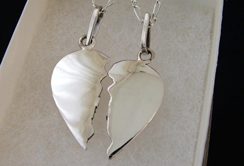 f5b77515c3c7 Obsequio que no olvidará! Corazón de plata 925 con grabado a ₡7.500 ...