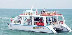 catamaran, quepos, tours, iguana, playa, ballenas, tobogan, delfines,